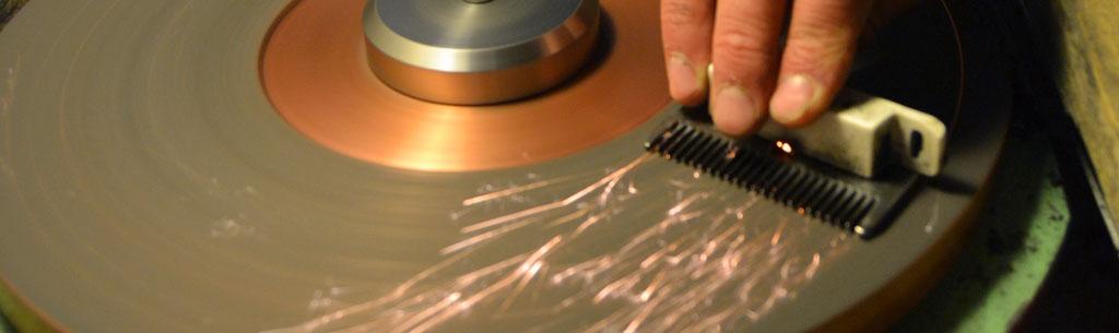 Afilado de peines y cuchillas